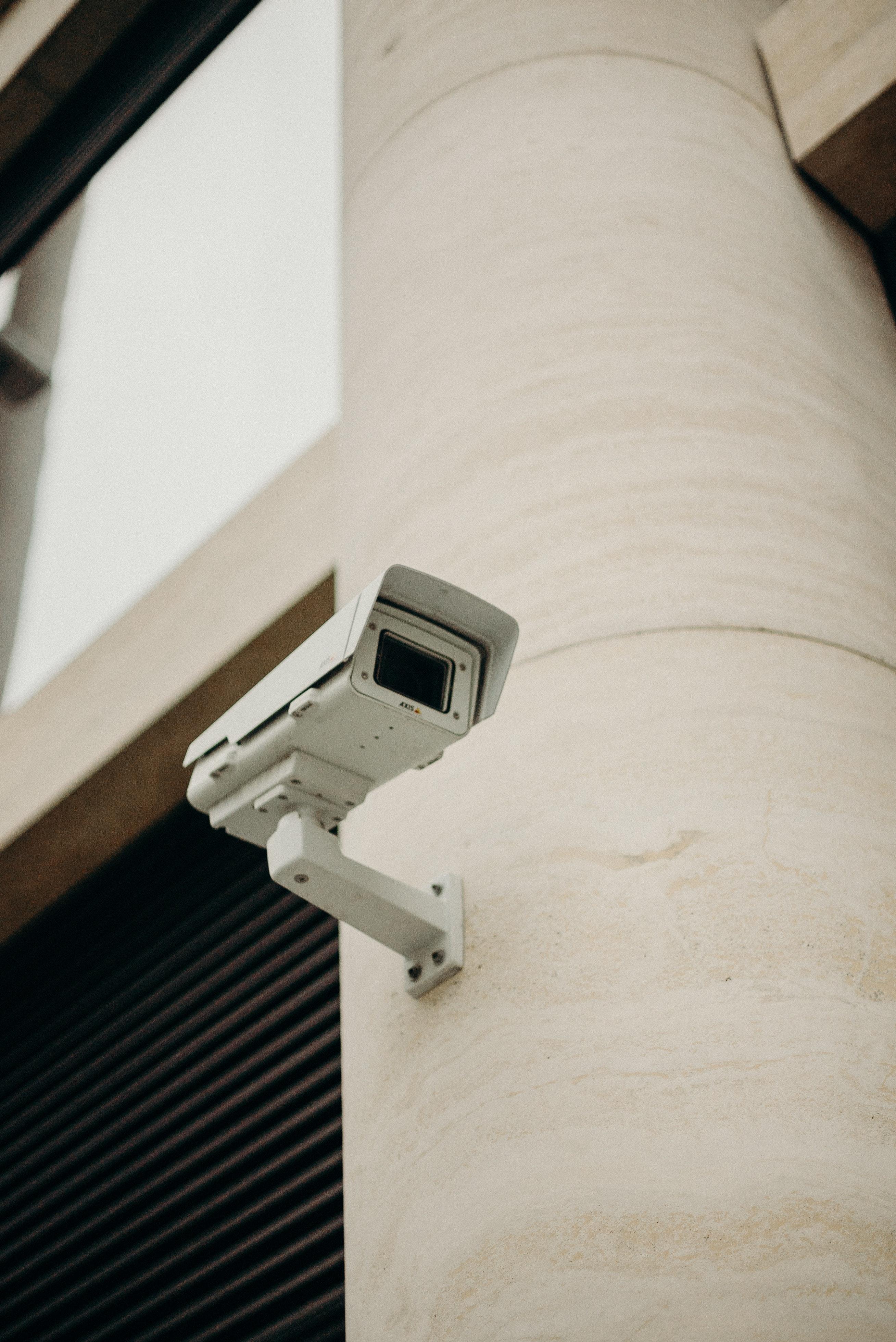 Ικανοποίηση του δικαιώματος ενημέρωσης κατά την επεξεργασία δεδομένων μέσω συστημάτων βιντεοεπιτήρησης – νέα υποδείγματα ενημέρωσης